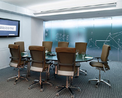 Cleaning for corporate offices & boardrooms.